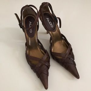 Zara Pointed Toe Strap Heels Euro 37 Size Brown